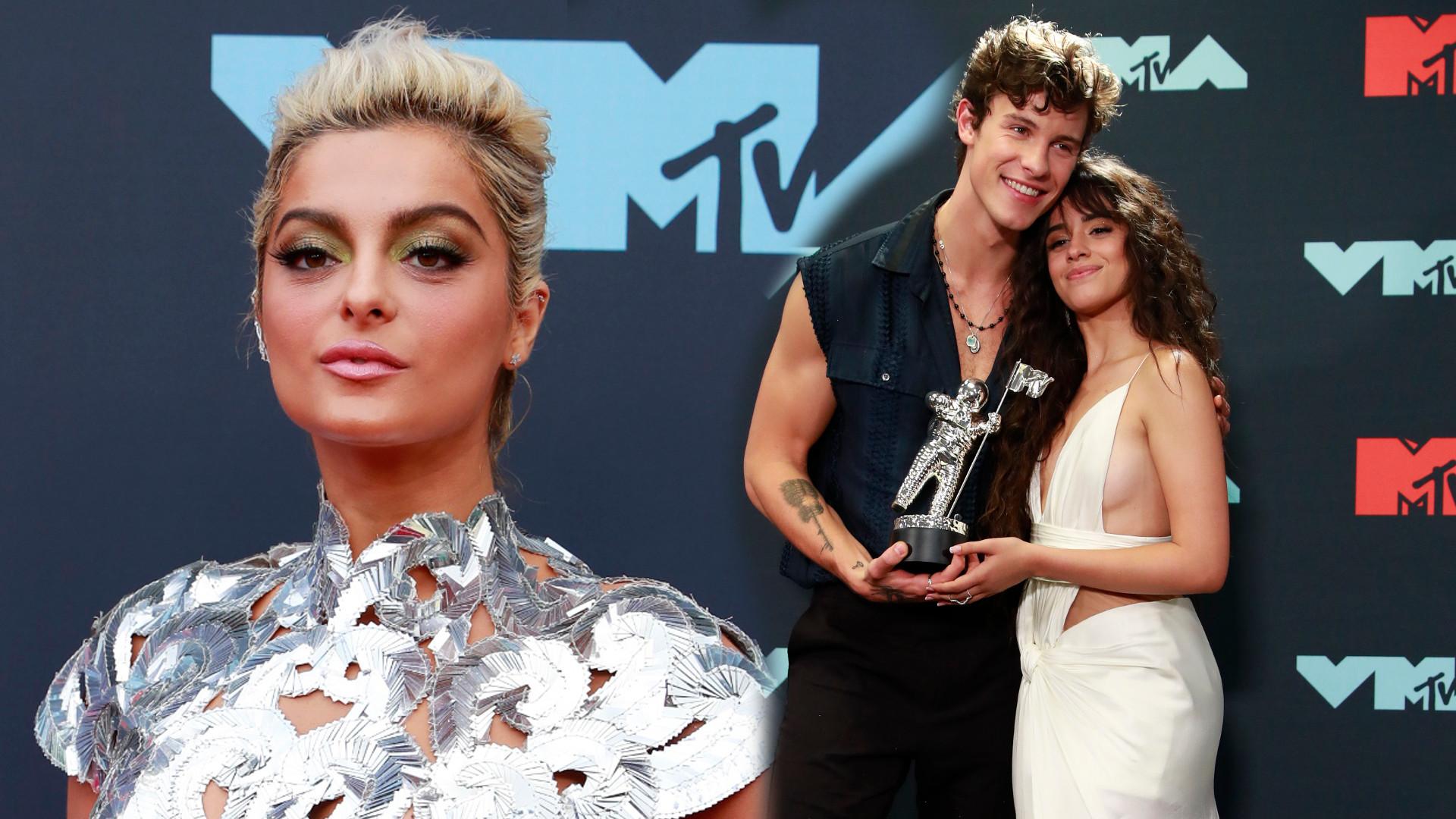 Gwiazdy pozują na czerwonym dywanie podczas MTV VMA 2019