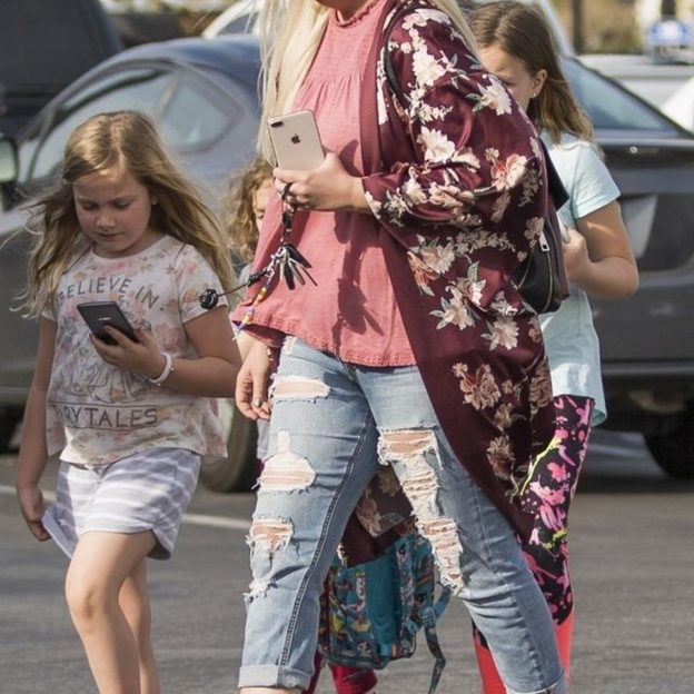 *EXCLUSIVE* An exhausted Tori Spelling looks worse for wear with dark circles under her eyes Tori Spelling, Dean McDermott, Kids, Stella Doreen McDermott, Hattie Margaret McDermott, Finn Davey