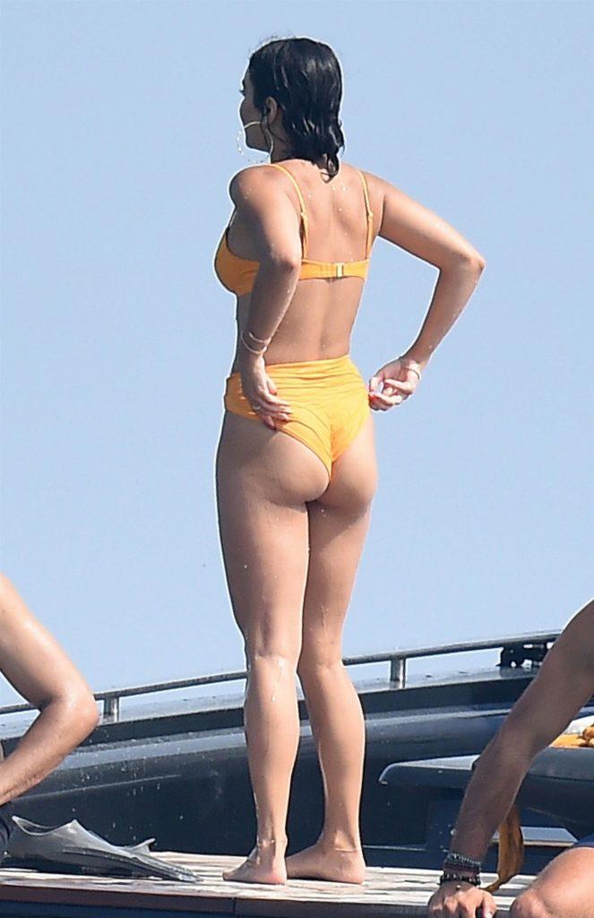 Vanessa Hudgens w bikini