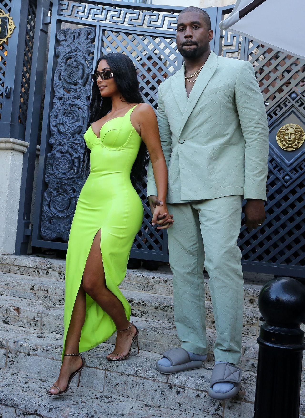 Kim i Kanye na imprezie branżowej w Paryżu.