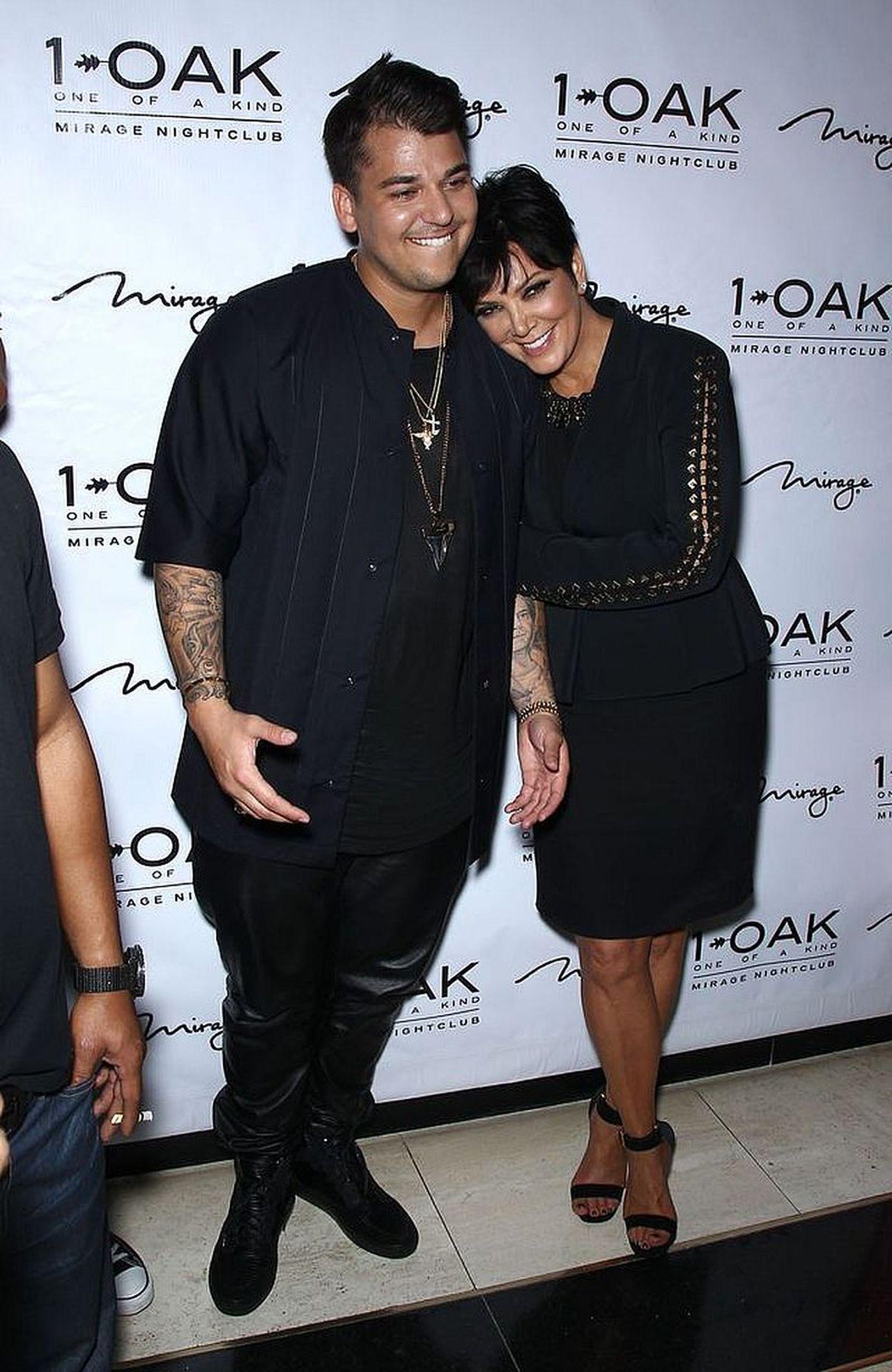 Rob Kardashian na starym zdjęciu z mamą