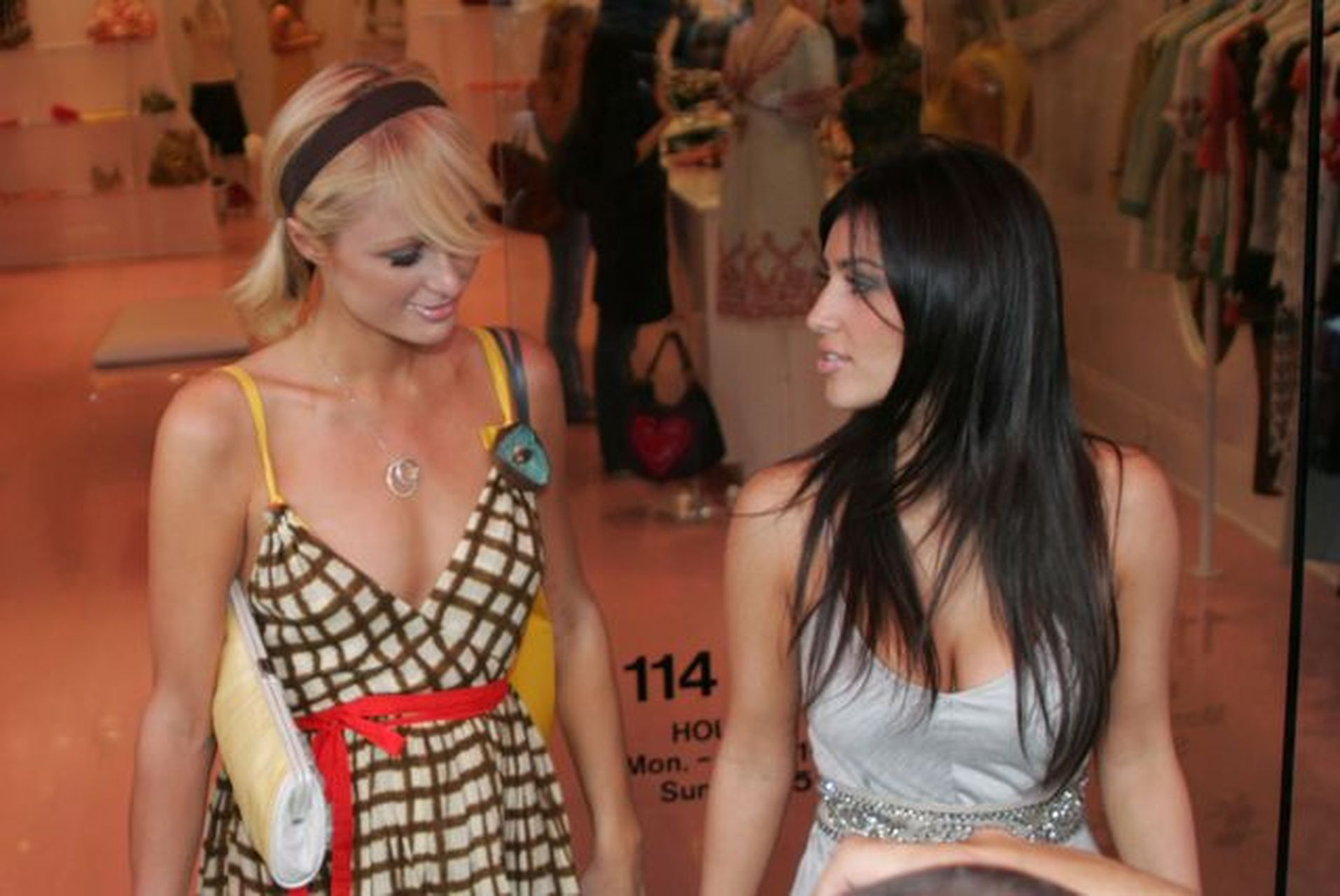 Kiedy Kim Kardashian była asystentką Paris Hilton…