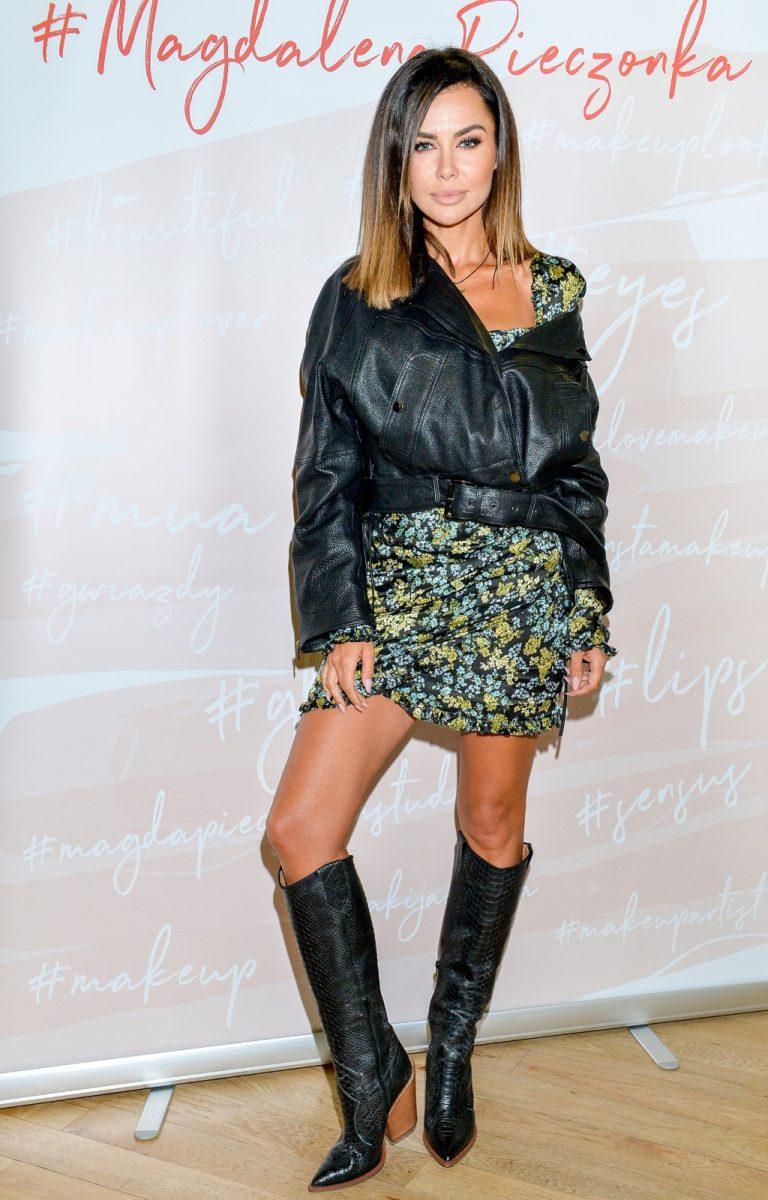 Natalia Siwiec pokazała zgrabne nogi.
