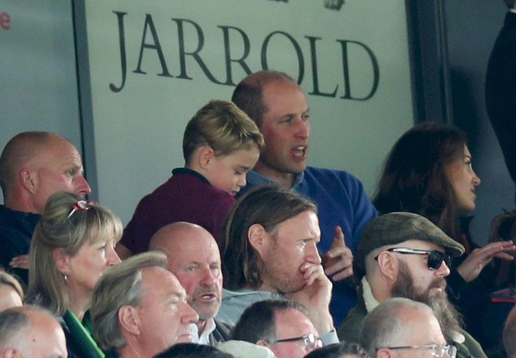 Rodzina królewska na meczu