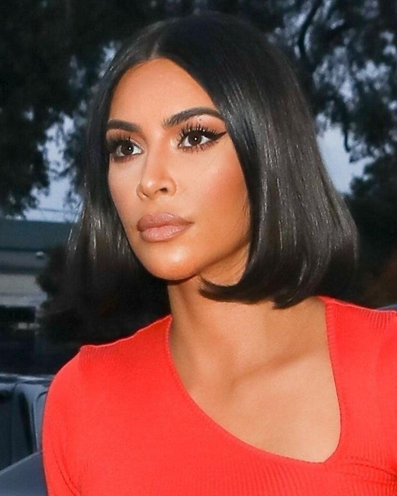Kim Kardashian w bobie