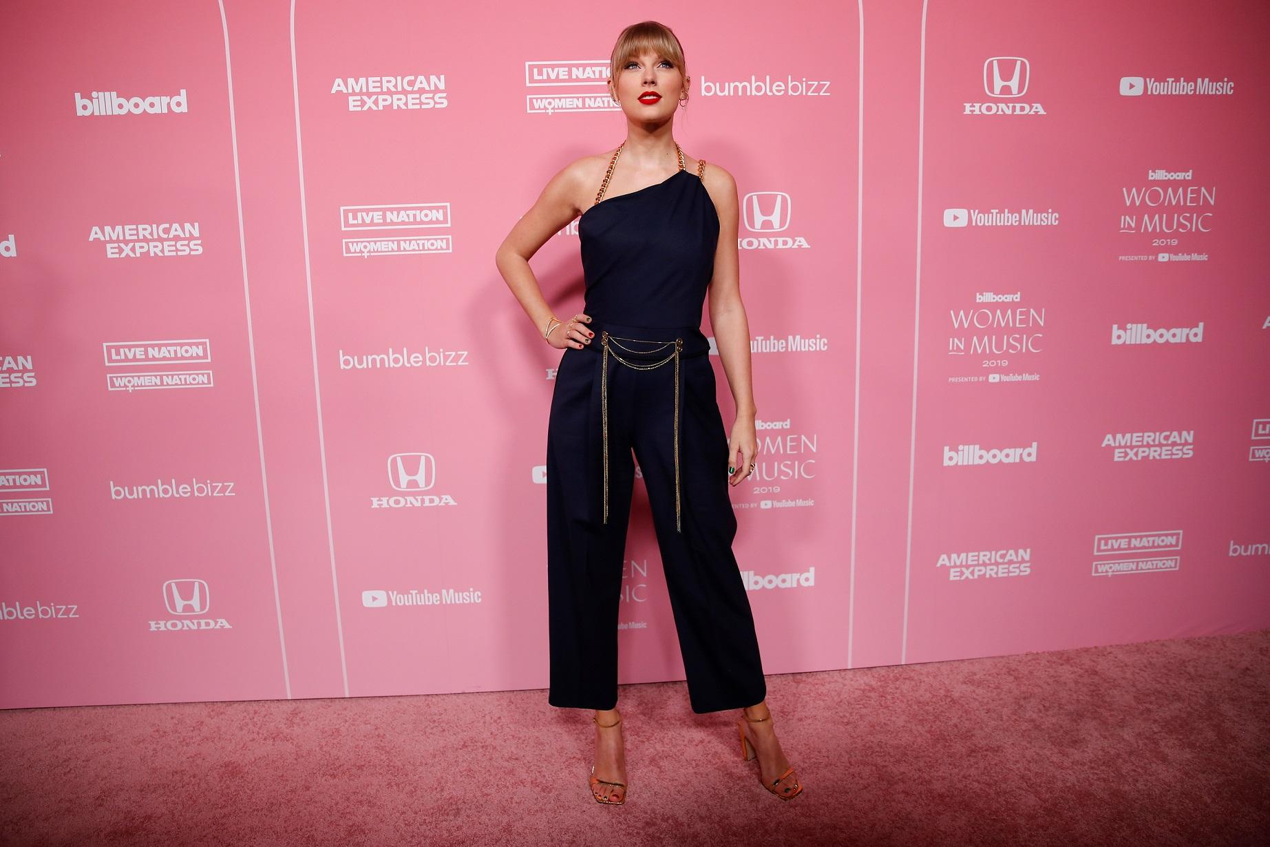 Taylor Swift na imprezie branżowej.