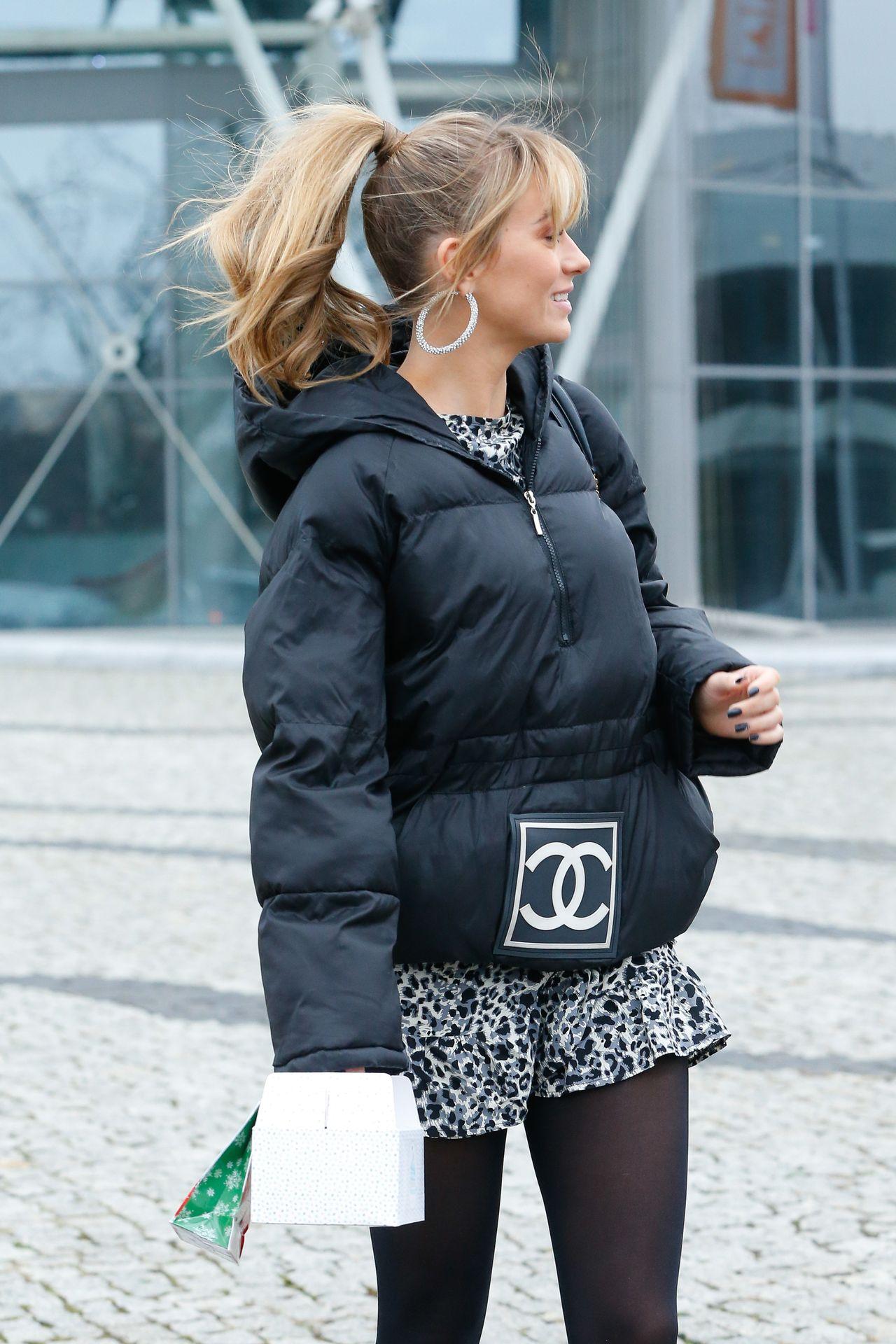 Marcelina Zawadzka w luksusowej kurtce Chanel.