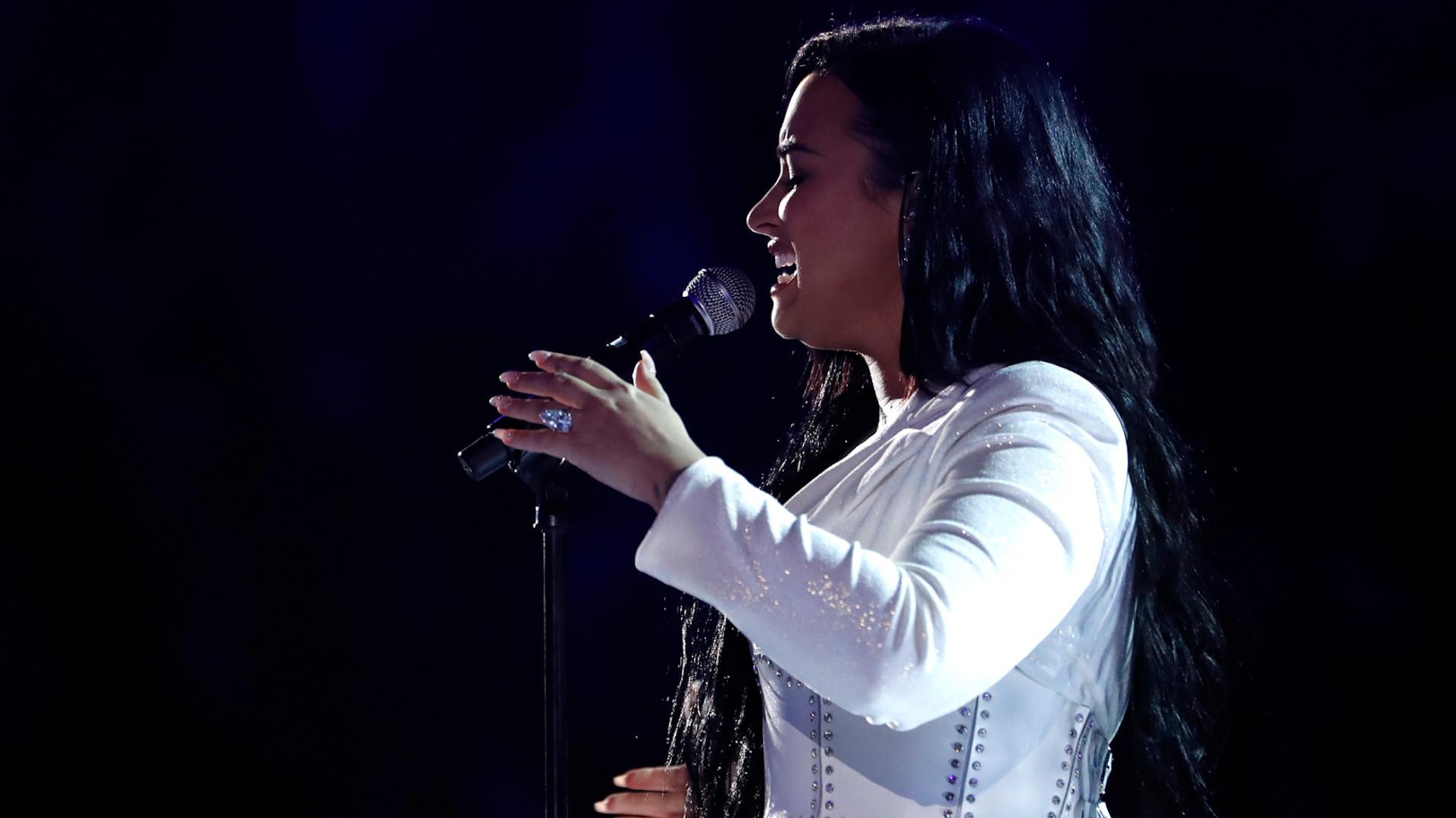 Pierwszy występ Demi Lovato od czasu ODWYKU!