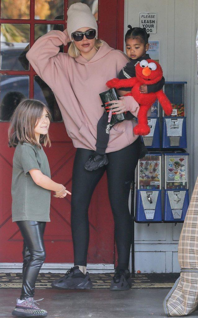 Khloe Kardashian z True i Penelope