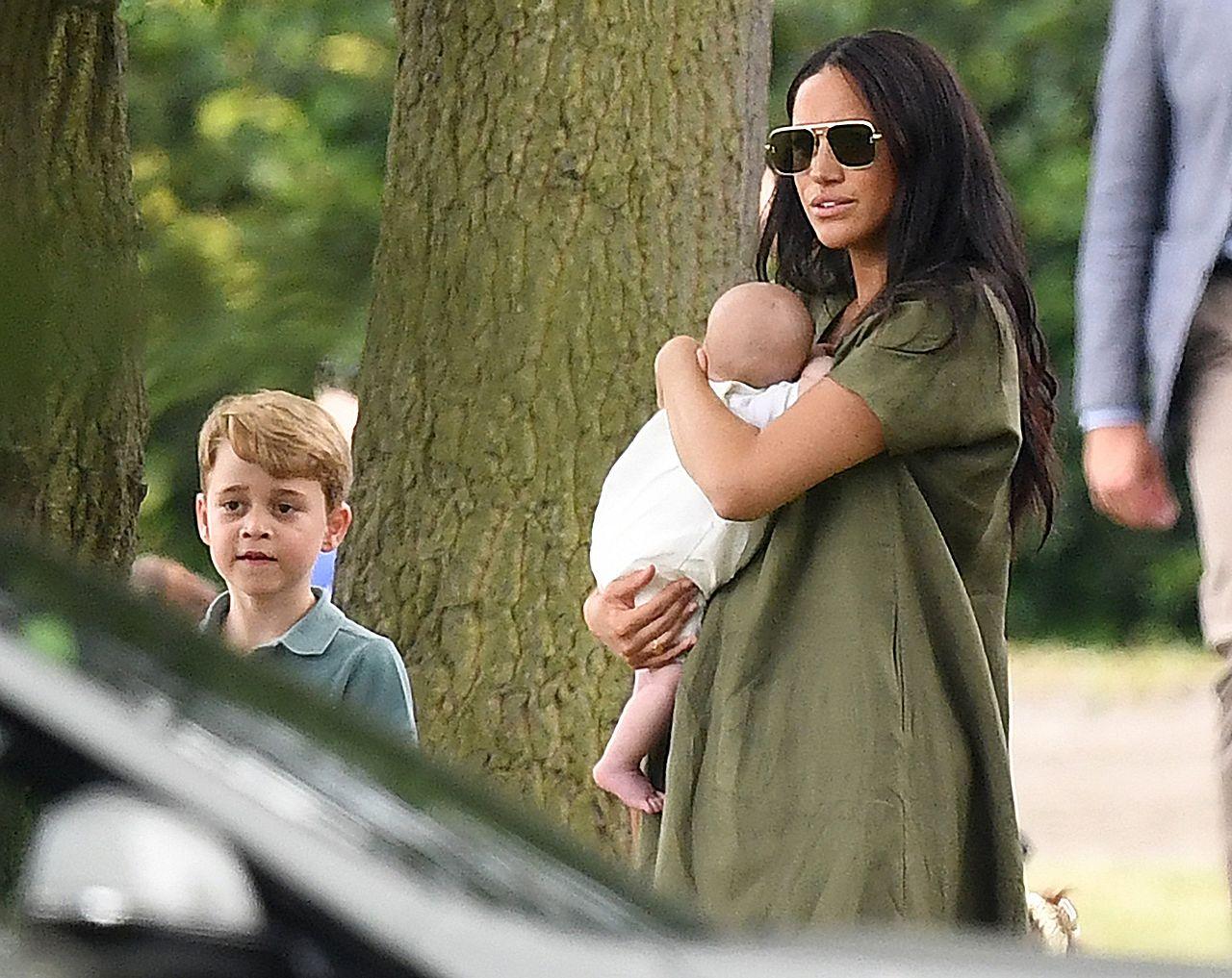 Tak będzie wyglądało nowe życie Meghan i Harry'ego w Kanadzie. Królowa ma już nową pracę dla wnuka