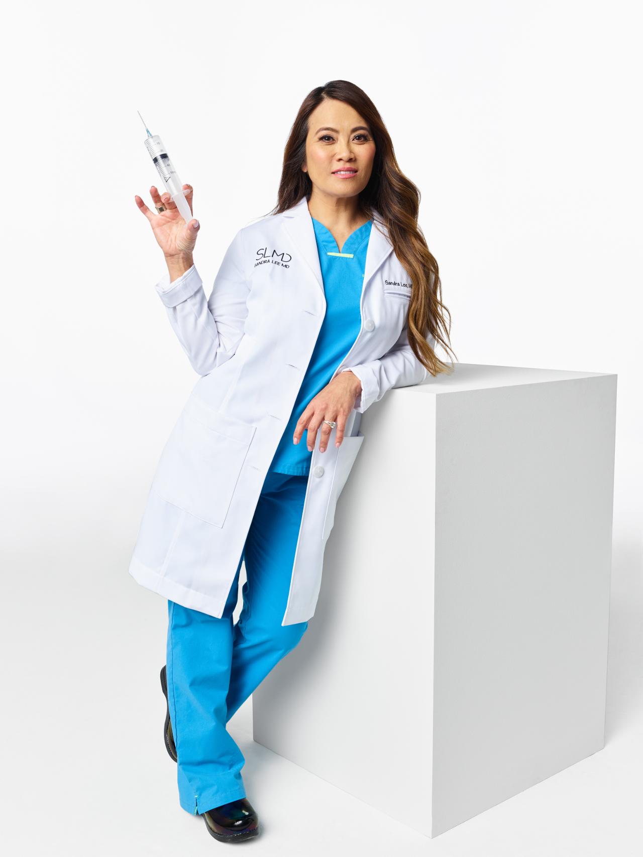 Dr Sandra Lee