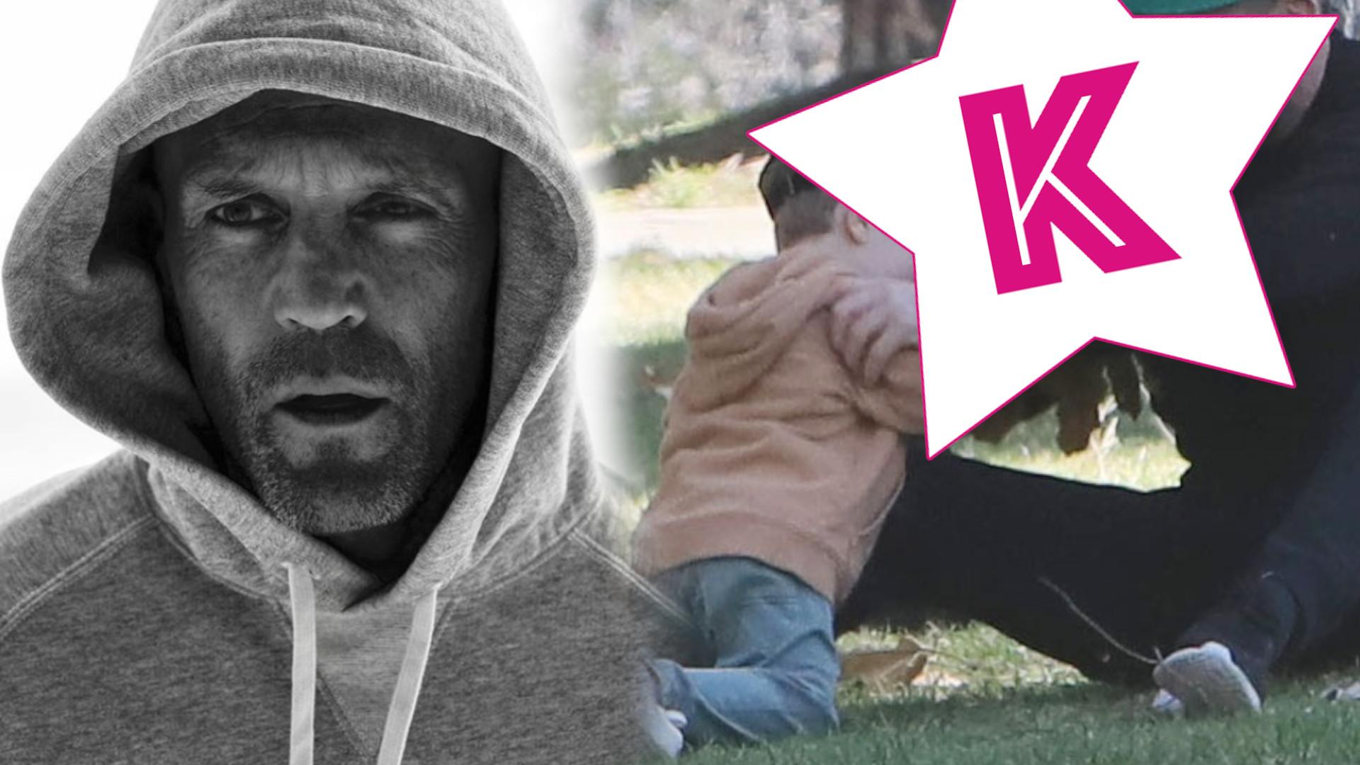 """Przystojny aktor z filmu """"Mechanik"""" bawi się z synem w parku, a Rosie Huntington-Whiteley relaksuje się w słońcu"""