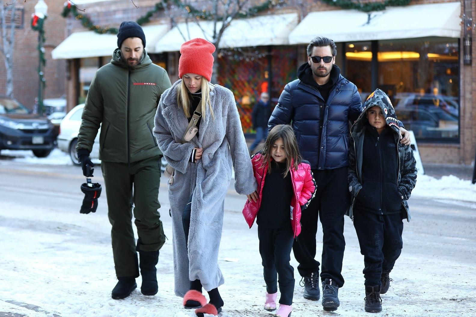 Sofia Richie i Scott Disick na urlopie z dziećmi