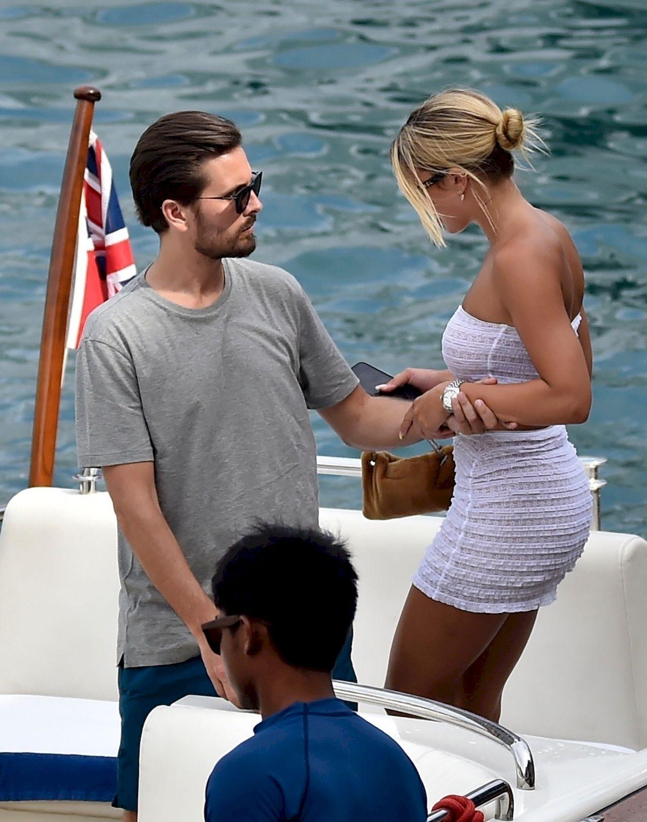 Sofia Richie i Scott Disick na wakacjach