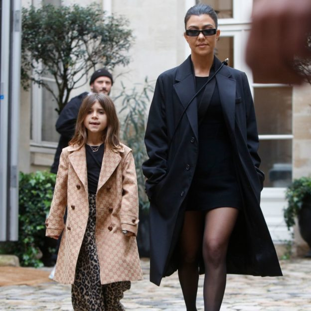 Kim Kardashian and Kourtney Kardashian seen at the Cafe de Fore