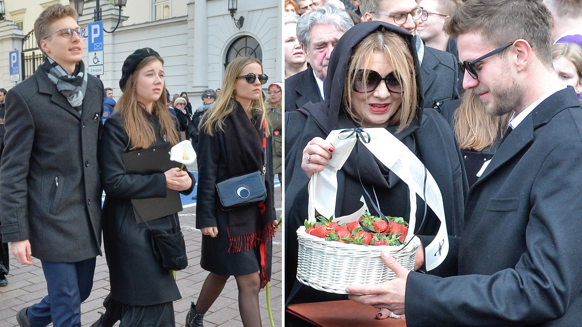 Żona, dzieci i najbliższa rodzina na pogrzebie Pawła Królikowskiego – ktoś przyniósł koszyk truskawek (ZDJĘCIA)