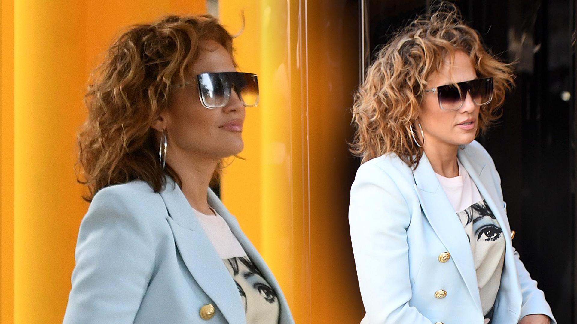 Jeansy Jennifer Lopez pokazały, jak NAPRAWDĘ wyglądają jej nogi (ZDJĘCIA)