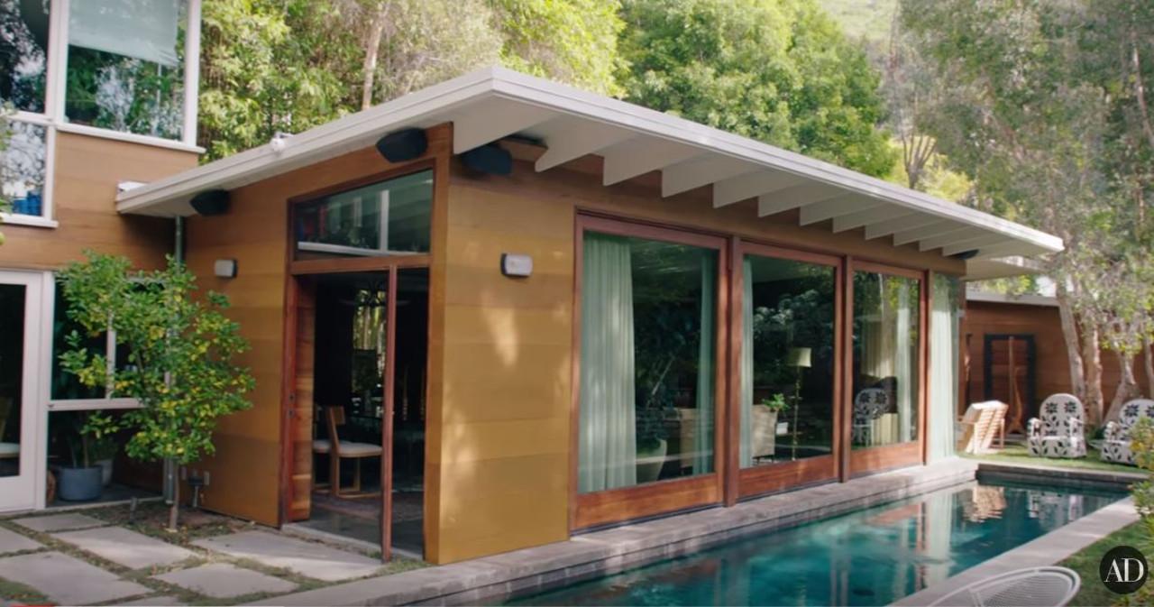 Dom Dakoty Johnson w Los Angeles.