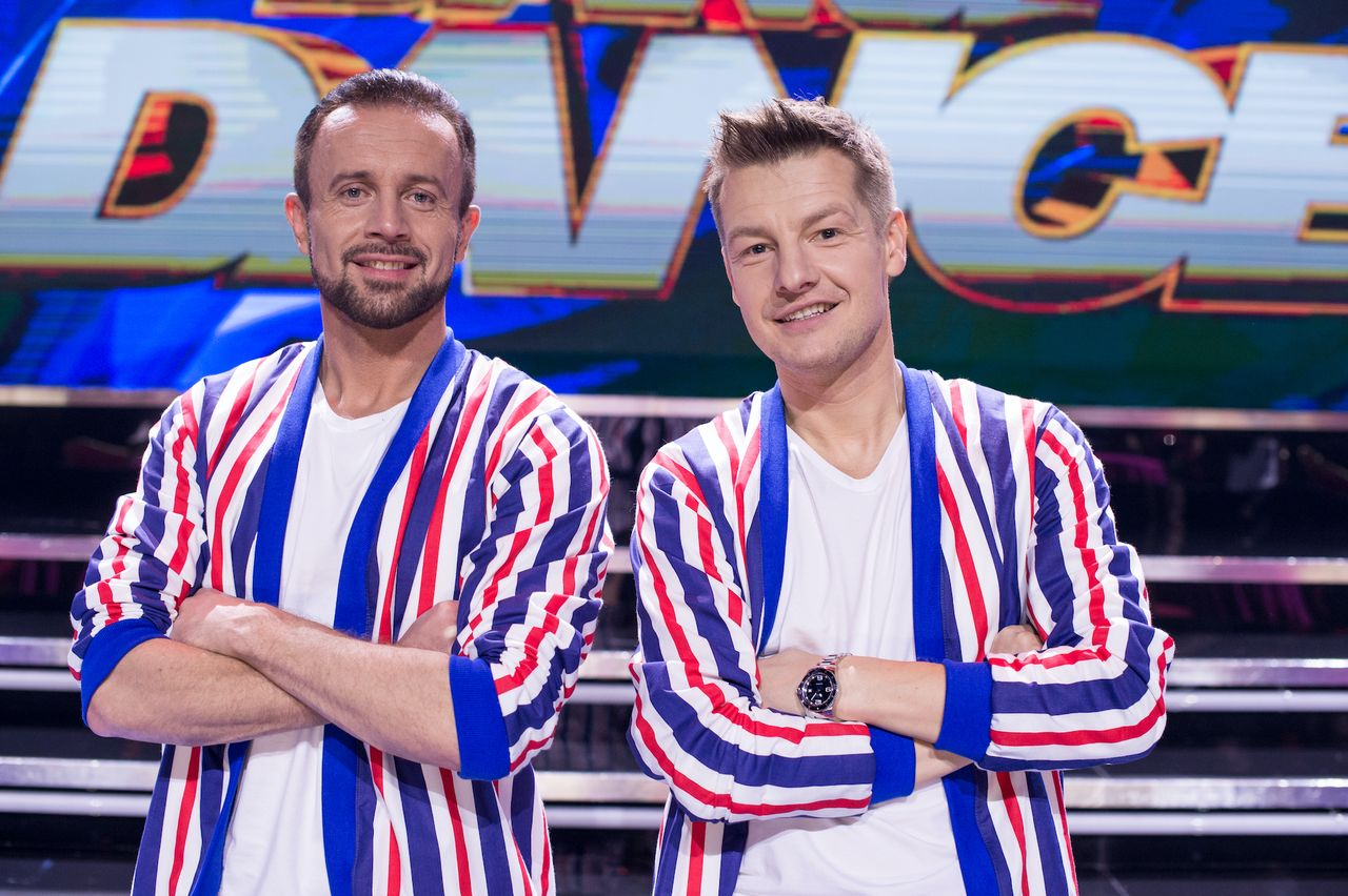 """Przemek Cypriański i Rafał Mroczek na scenie """"Dance Dance Dance"""""""