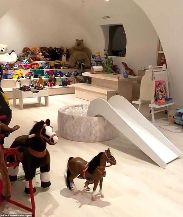 Dom Kim Kardashian - pokój zabaw