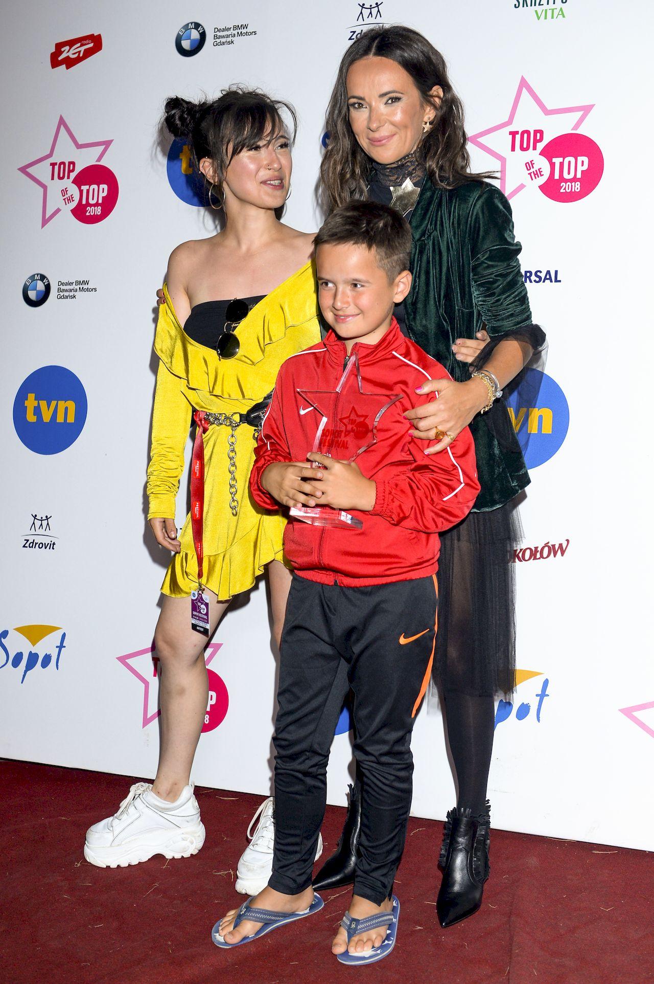 Kasia Kowalska z synem i córką
