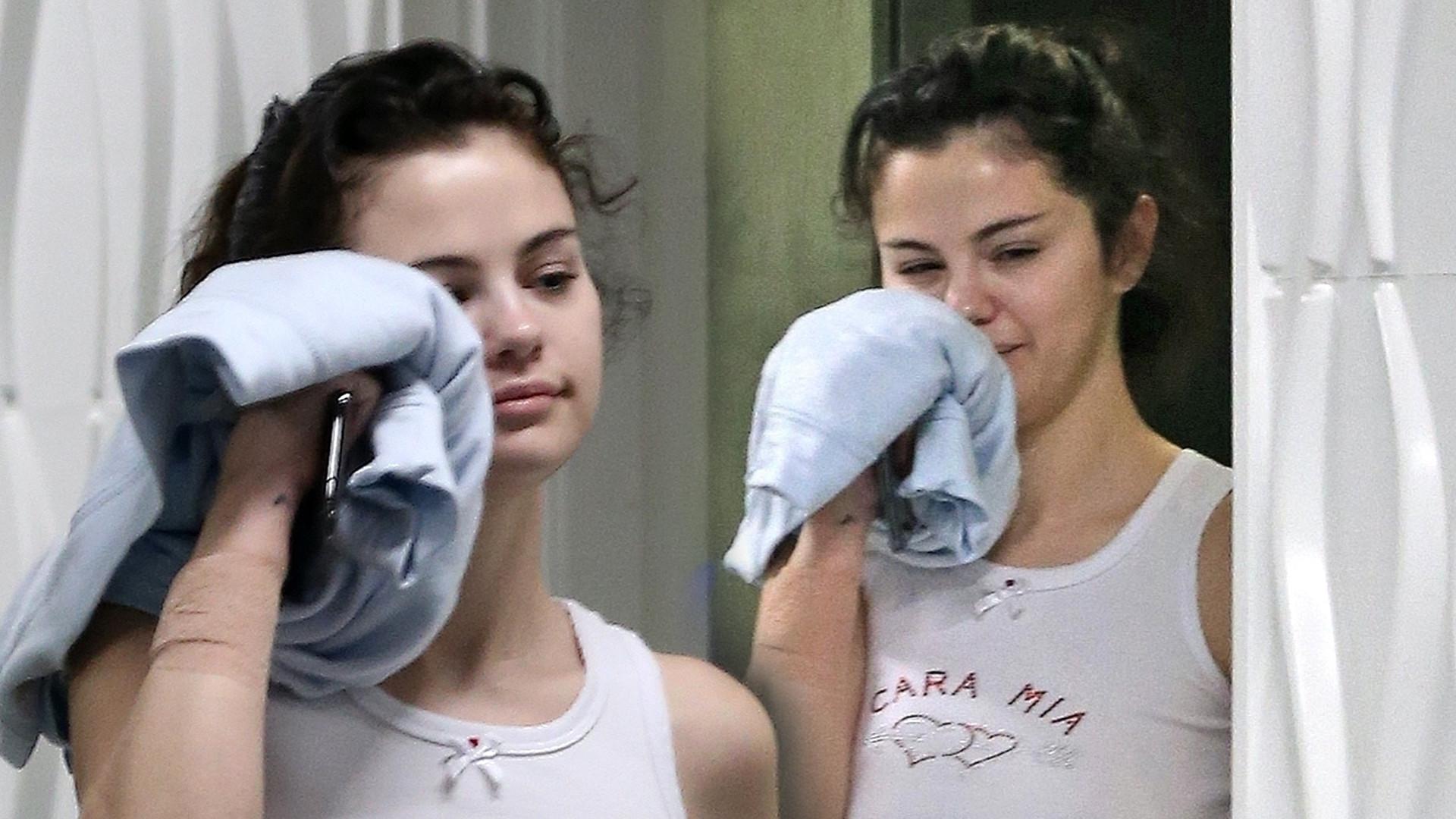 Selena Gomez bez stanika i bez makijażu (ZDJĘCIA)