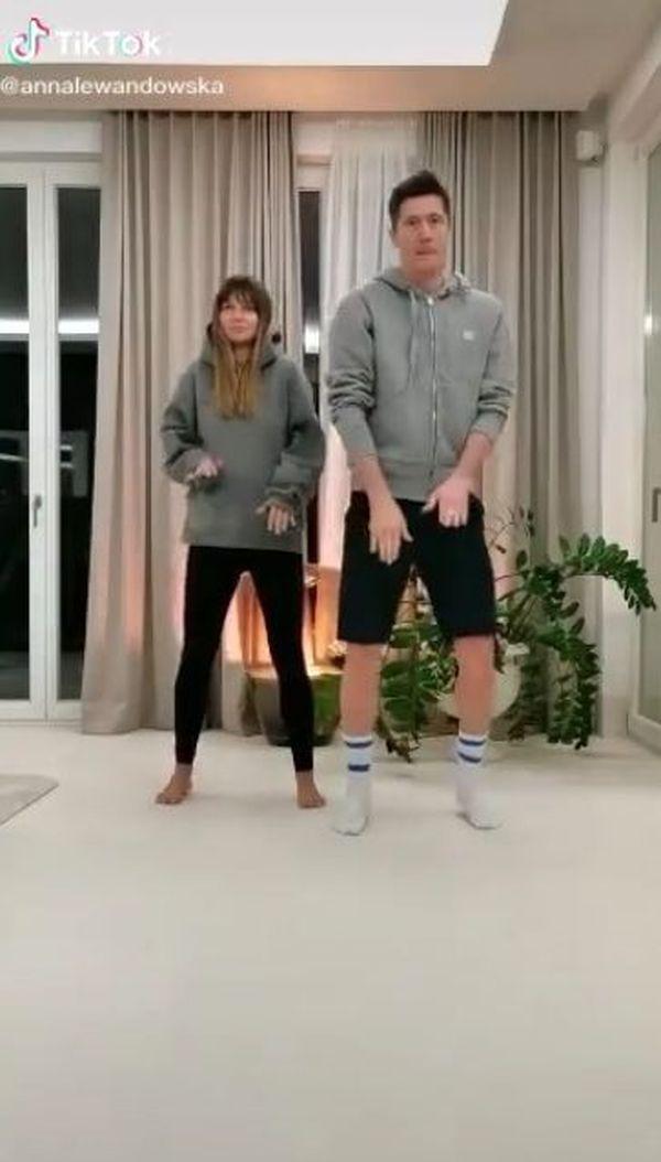 Lewandowscy tańczą na Tik Toku