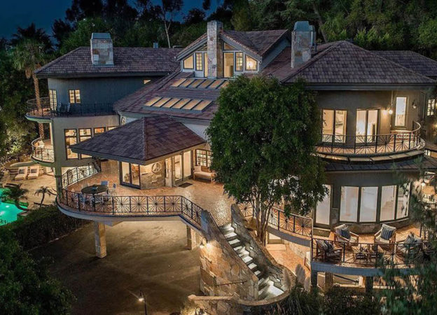 Selena Gomez has just bought Tom Petty's former home in Encino, California for $4.9 million