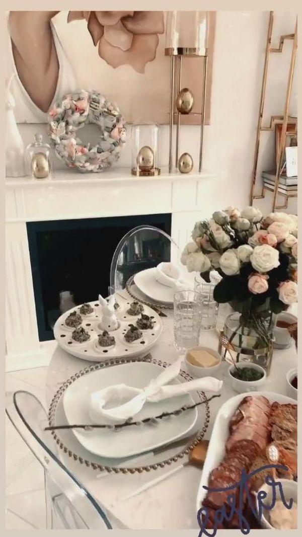 Świąteczny stół w domu Klaudii Halejcio