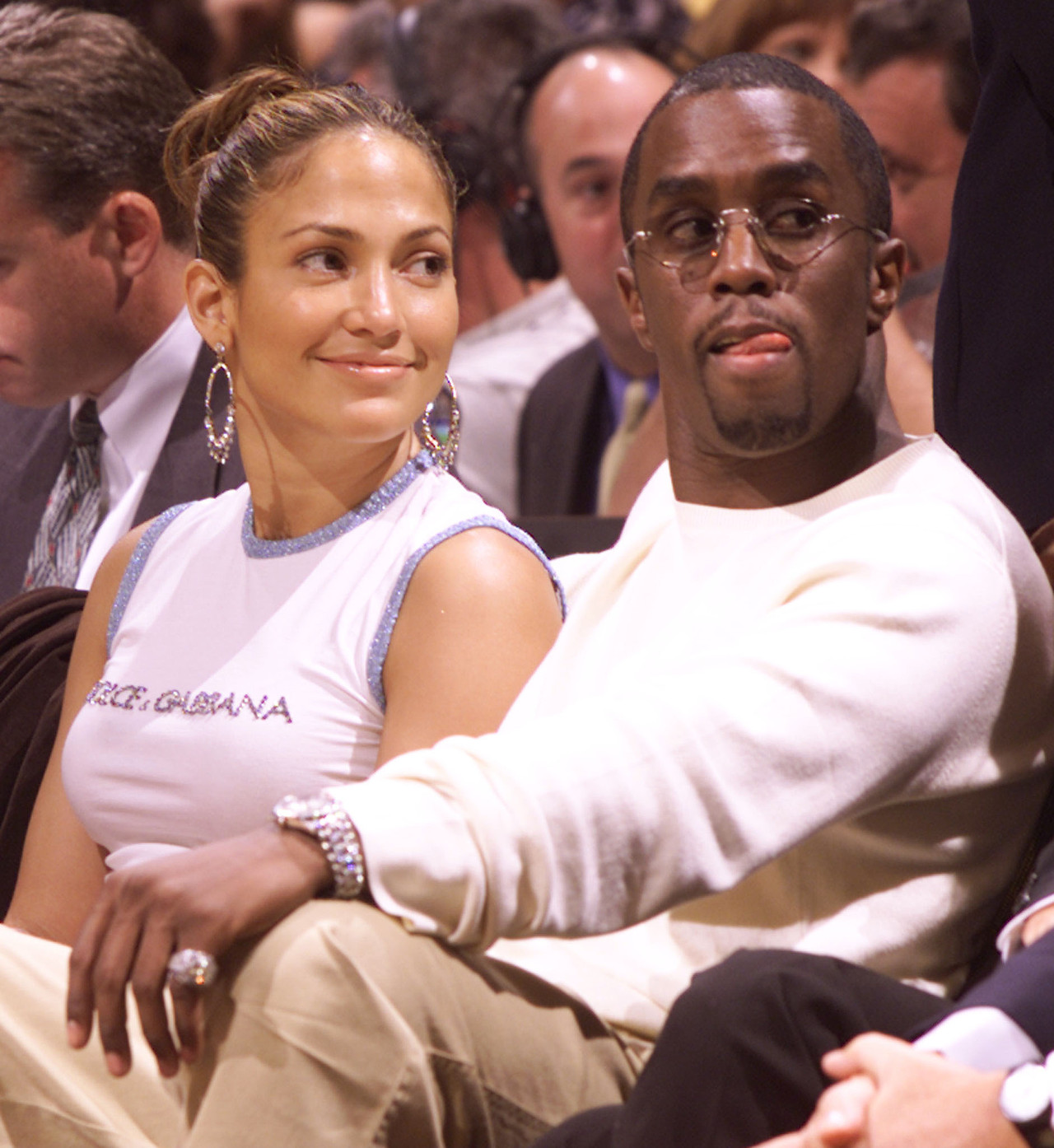 Jennifer Lopez i Diddy razem na meczu koszykówki.