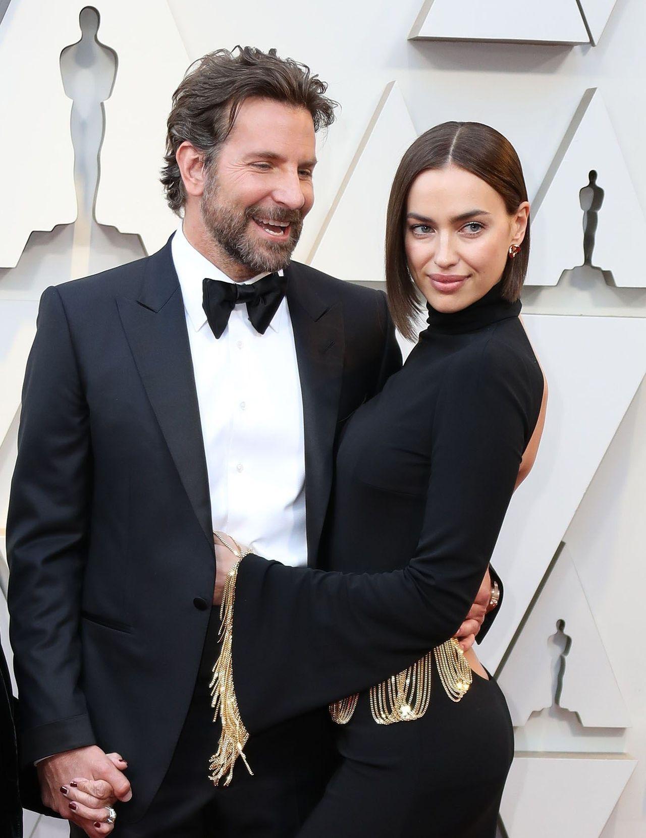 Irina Shayk, Bradley Cooper na rozdaniu nagórd.
