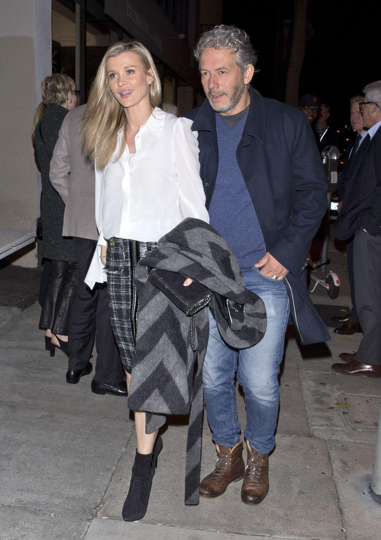 Joanna Krupa przyłapana przez fotoreporterów na randce z mężem.
