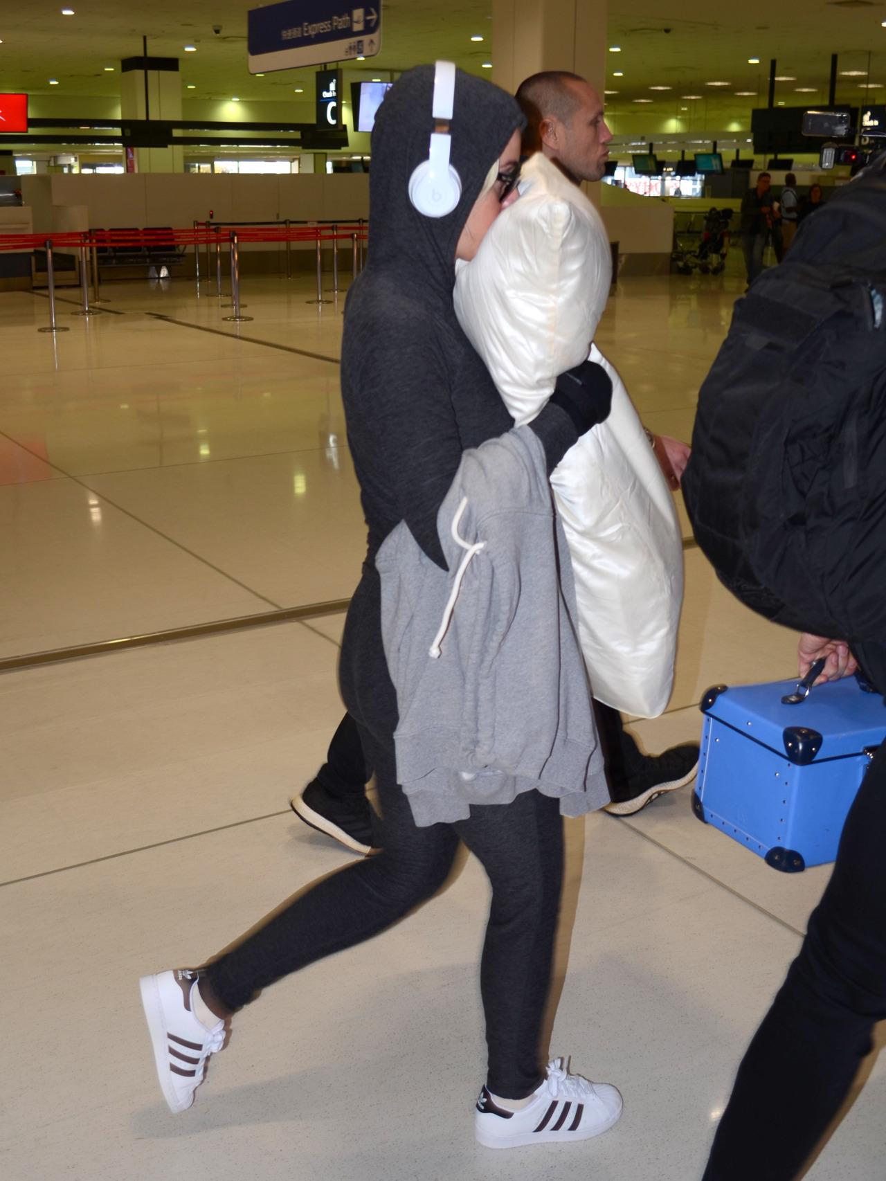 Katy Perry na lotnisku