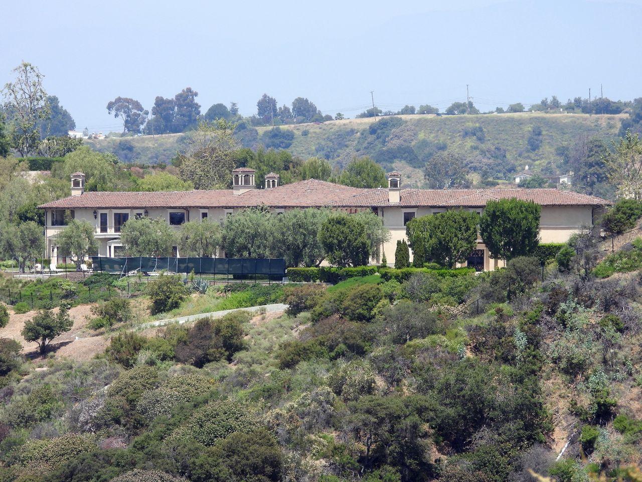 Posiadłość w Beverly Hills, w której zamieszkali Meghan Markle i Harry