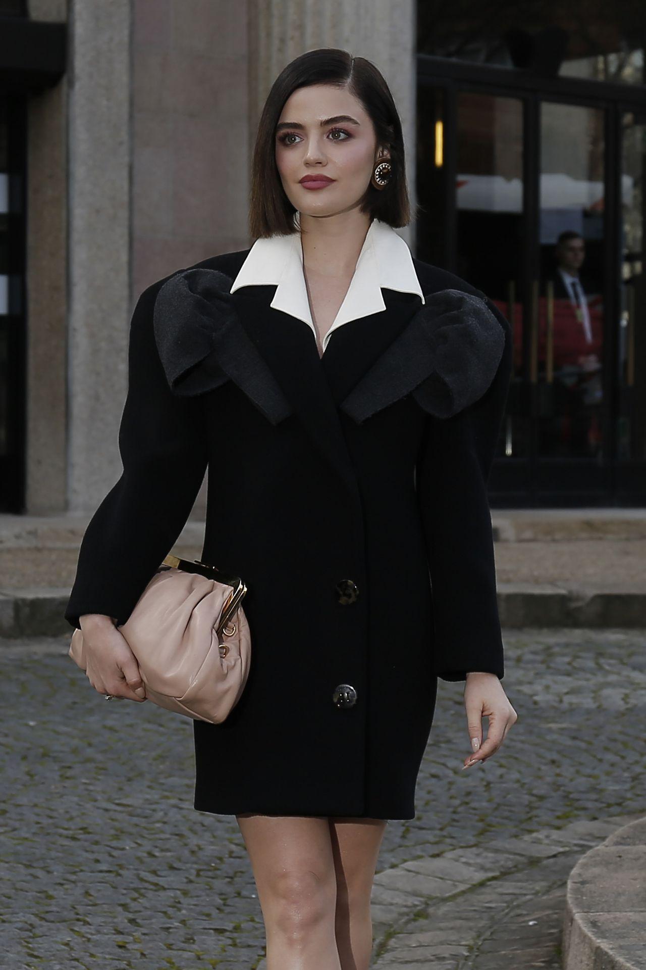Lucy Hale w eleganckiej stylizacji