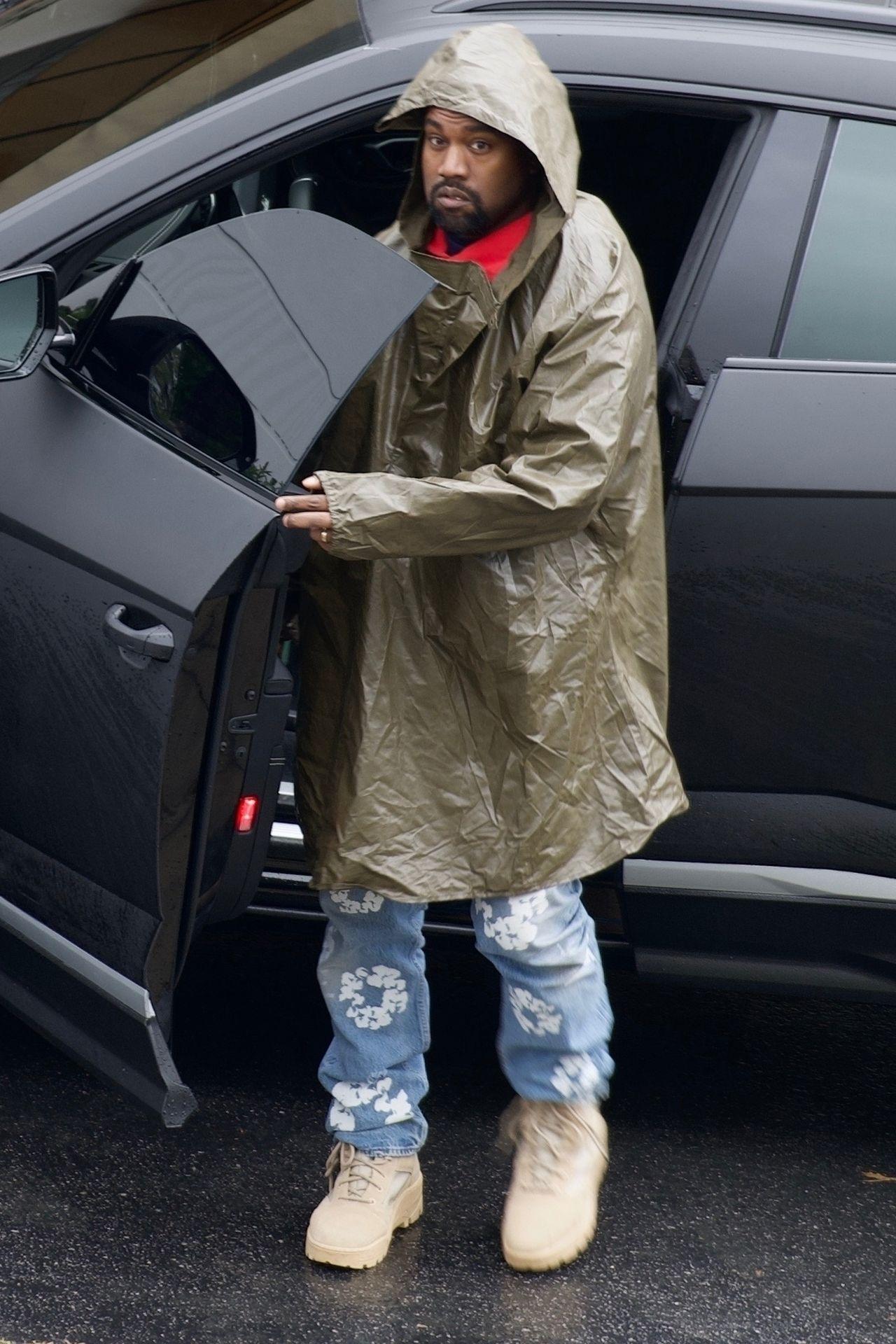 Kanye West przyłapany przez fotoreporterów.