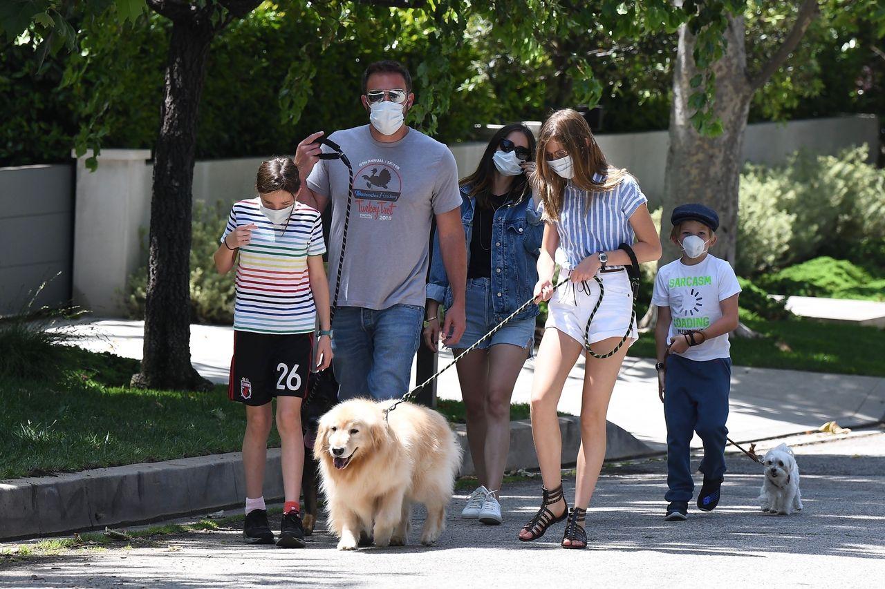 Ben Affleck z dziećmi i Ana de Armas