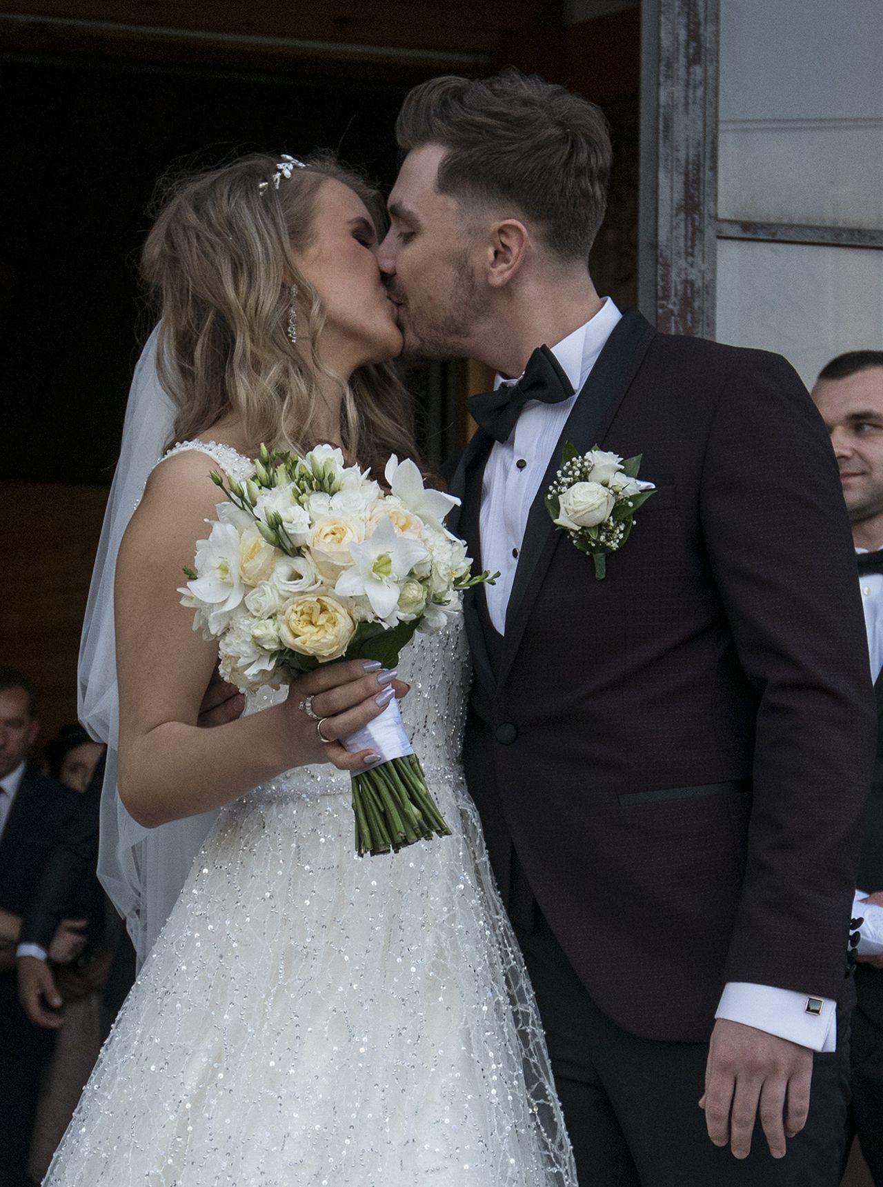 Daniel Martyniuk z żoną w dniu ślubu.