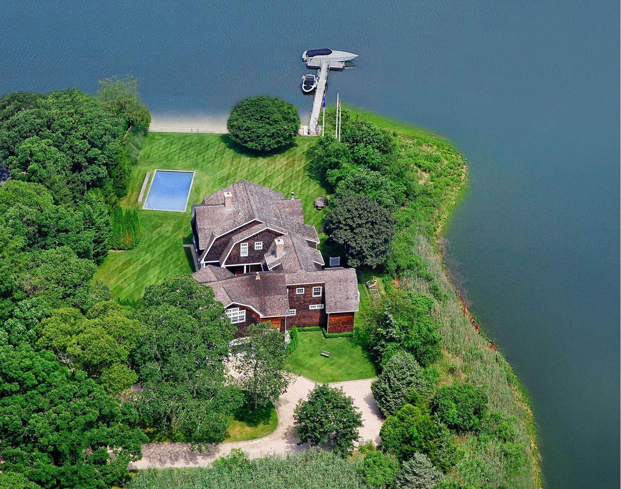 Posiadłość w Hamptons - tu swoje wakacje spędzi Rihanna