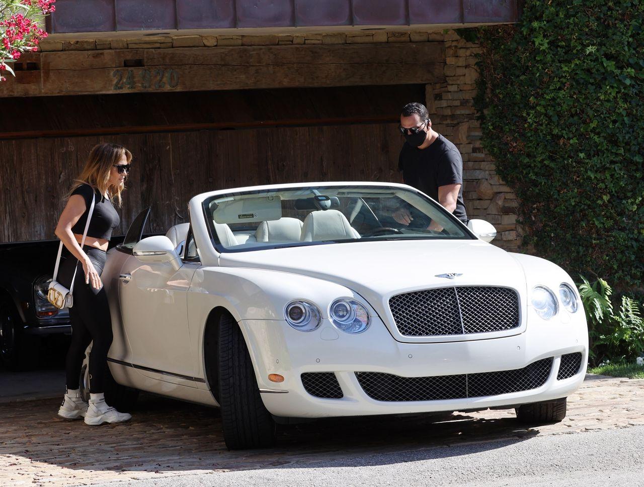 Jennifer Lopez z narzeczonym, Alexem Rodriguezem, szukają lokum na wakacje