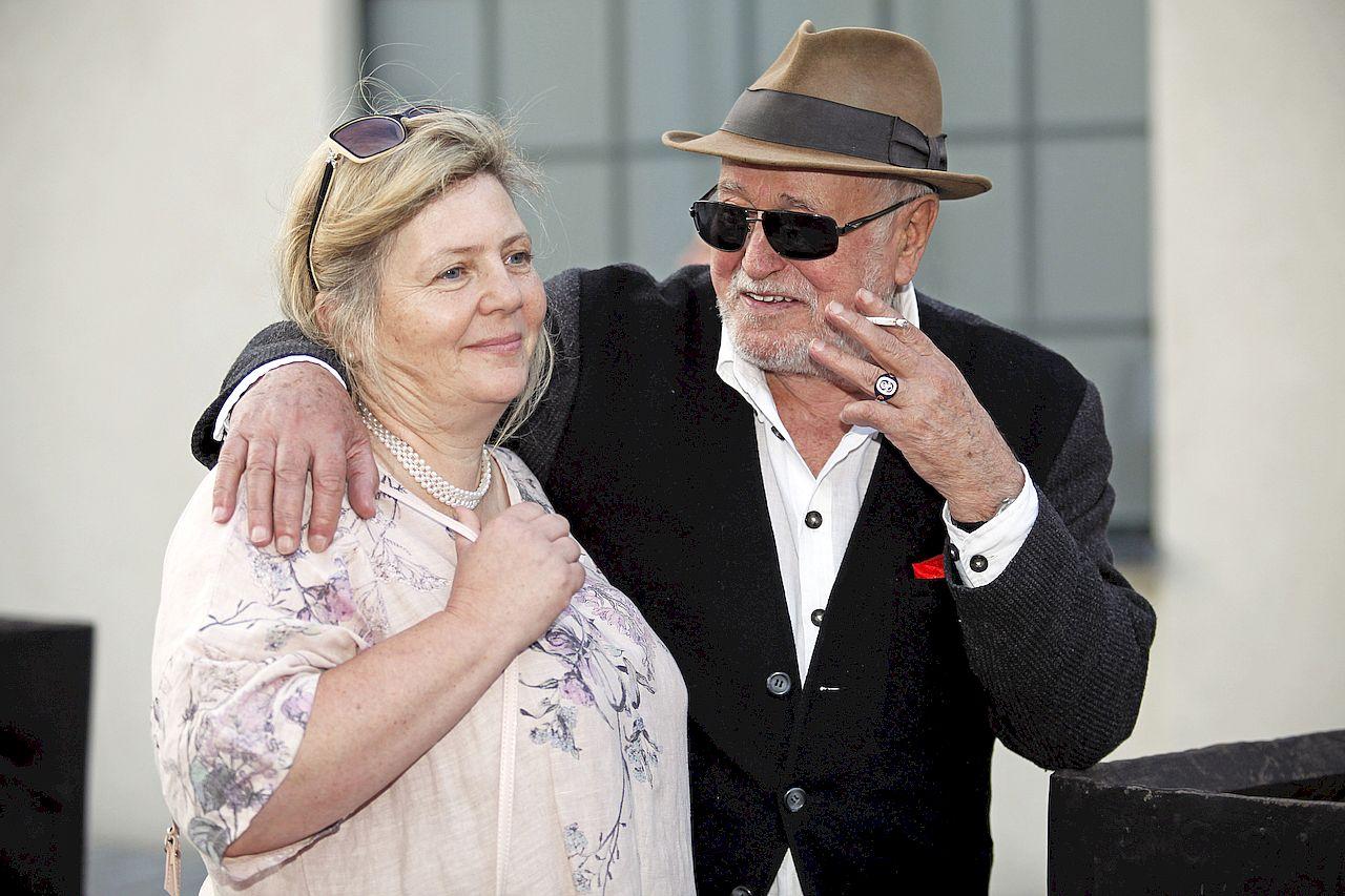 Jan Nowicki z żoną Anną Kondratowicz