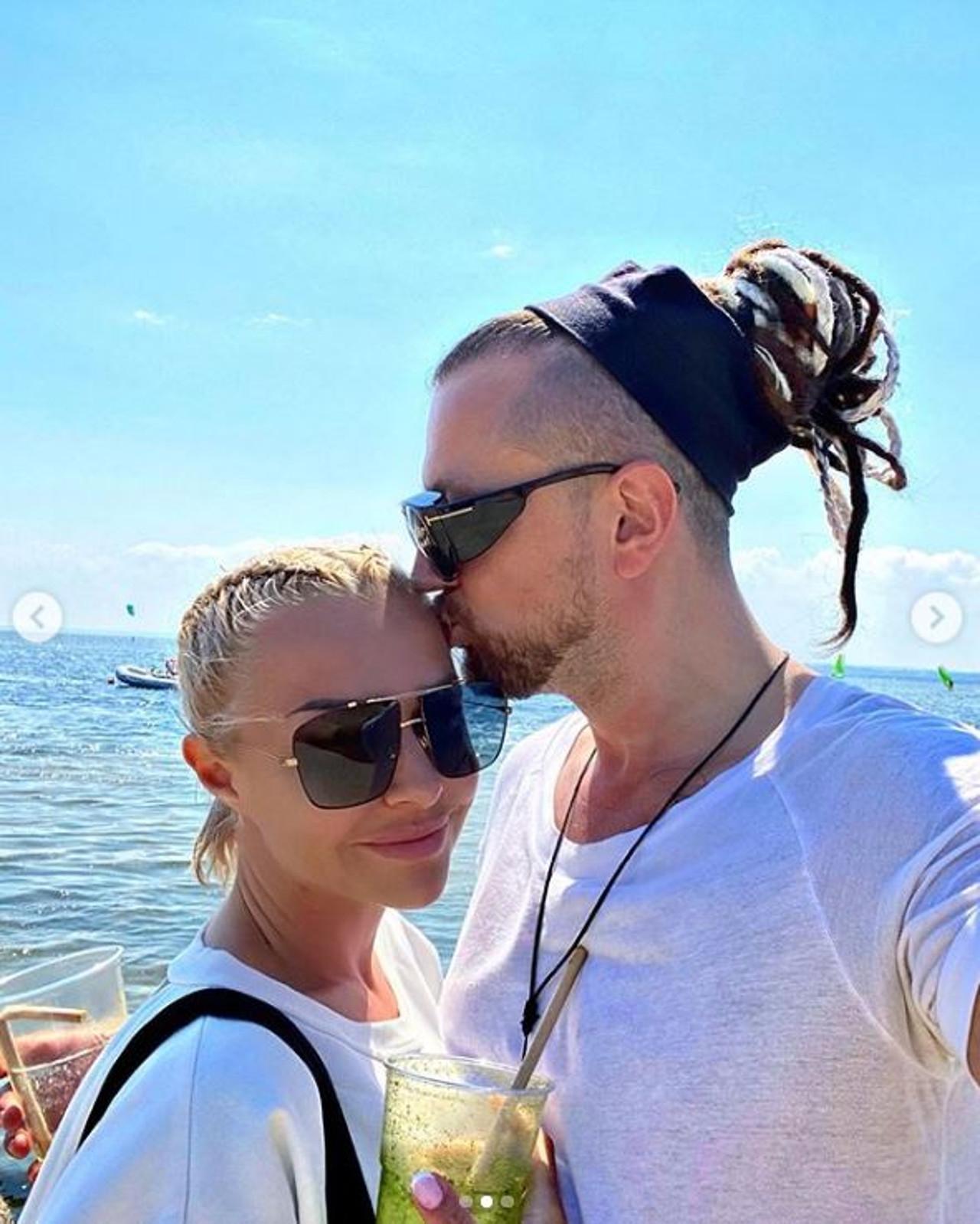 Blanka Lipińska z Baronem spędzają razem wakacje.