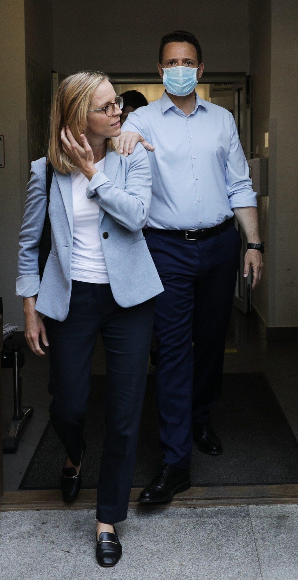 Rafał Trzaskowski z żoną Małgorzatą w dniu wyborów 2020. Poszli zagłosować.