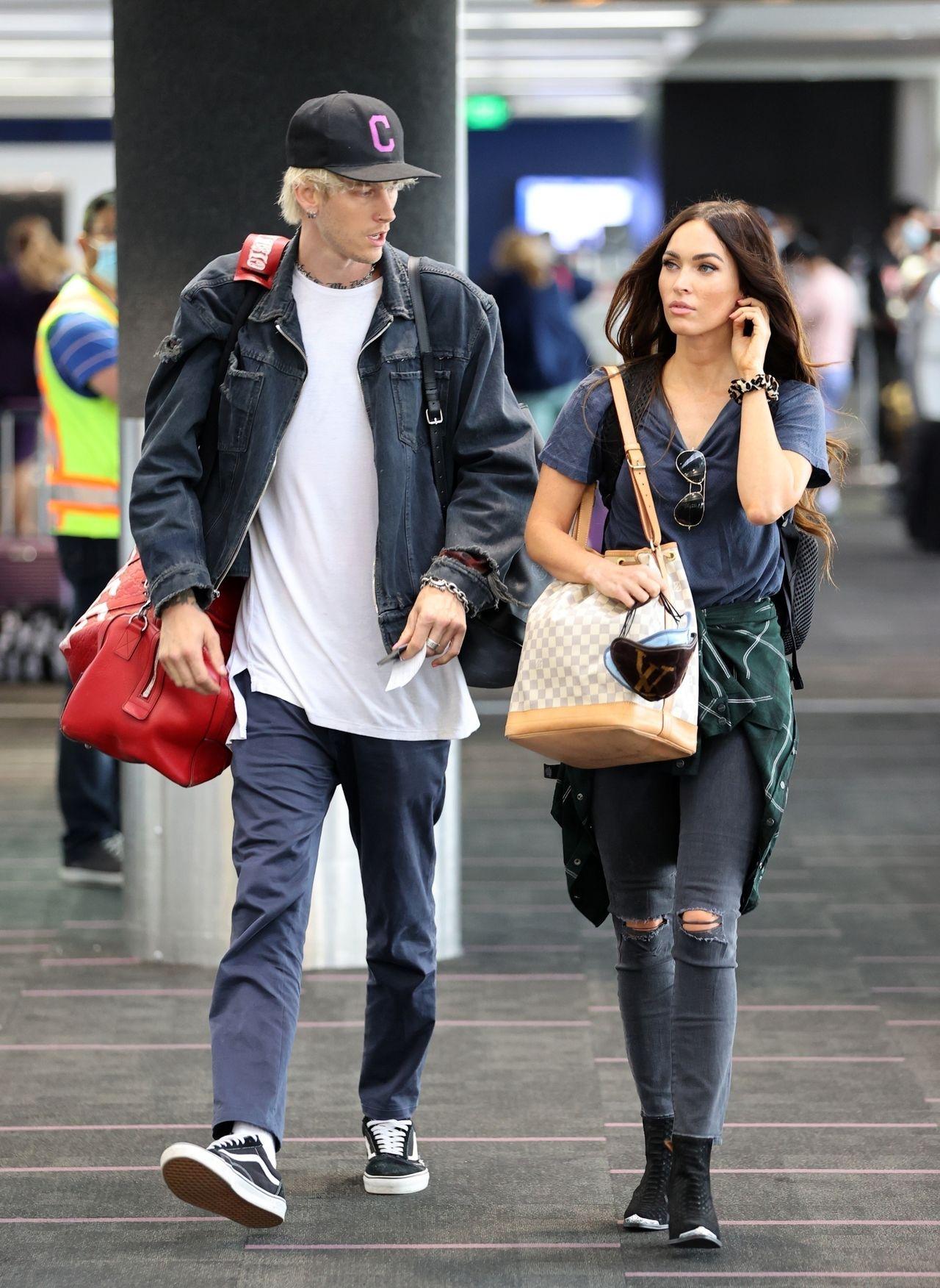 Megan Fox i Machine Gun Kelly lecą na wspólne wakacje