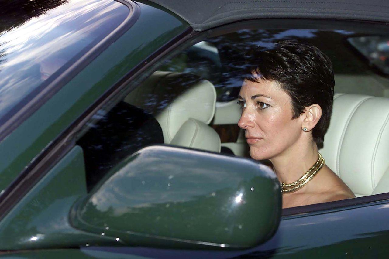 Ghislaine Maxwell w samochodzie
