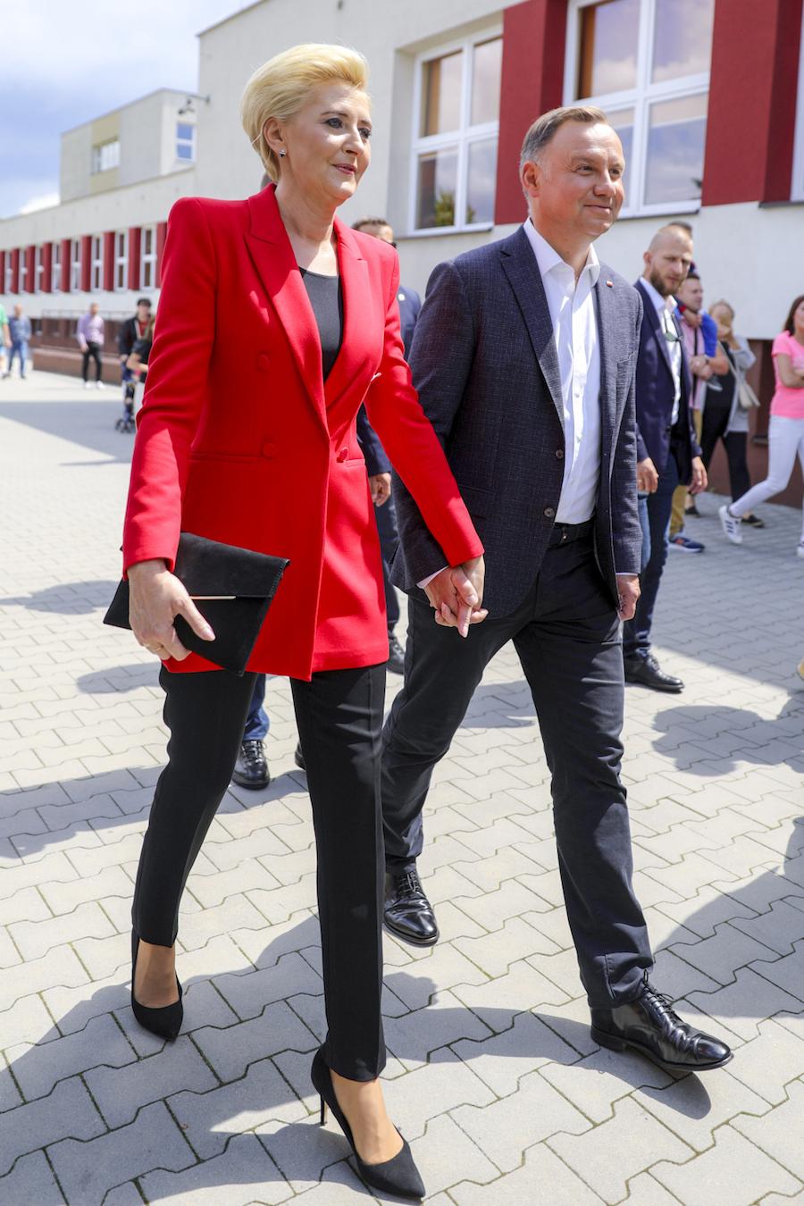 Prezydent i Pierwsza Dama na oficjalnym wystąpieniu.