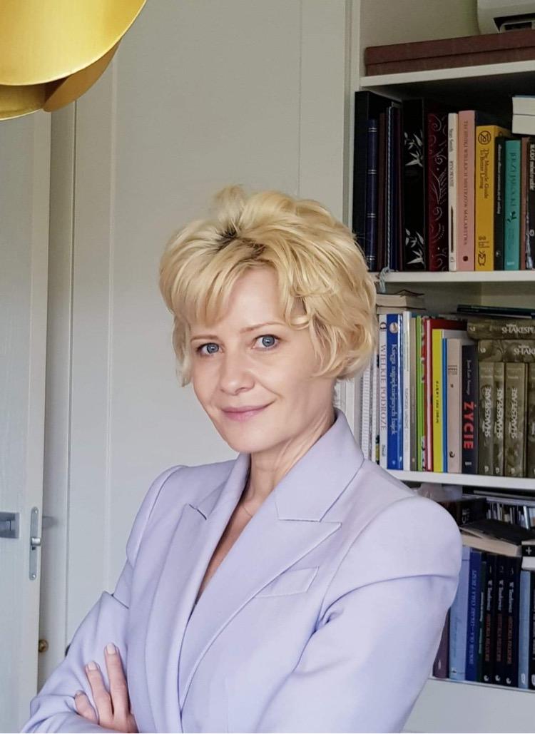 Małgorzata Kożuchowska jako Stanisława Gierek