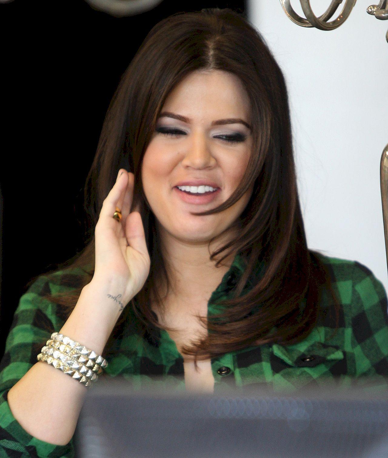 Tak wyglądała Khloe Kardashian na początku kariery.