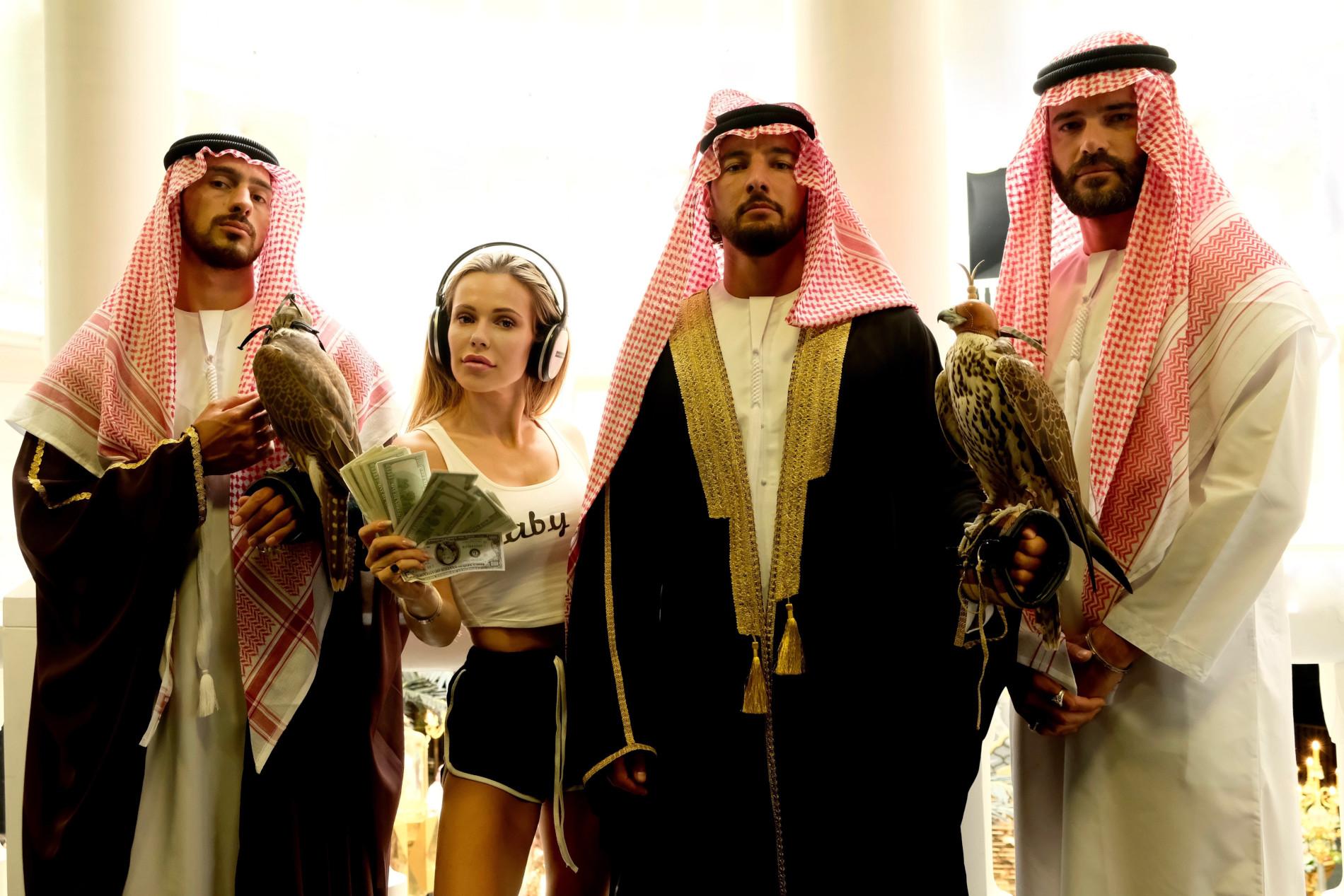 """Doda z obsadą """"Dziewczyn z Dubaju"""""""