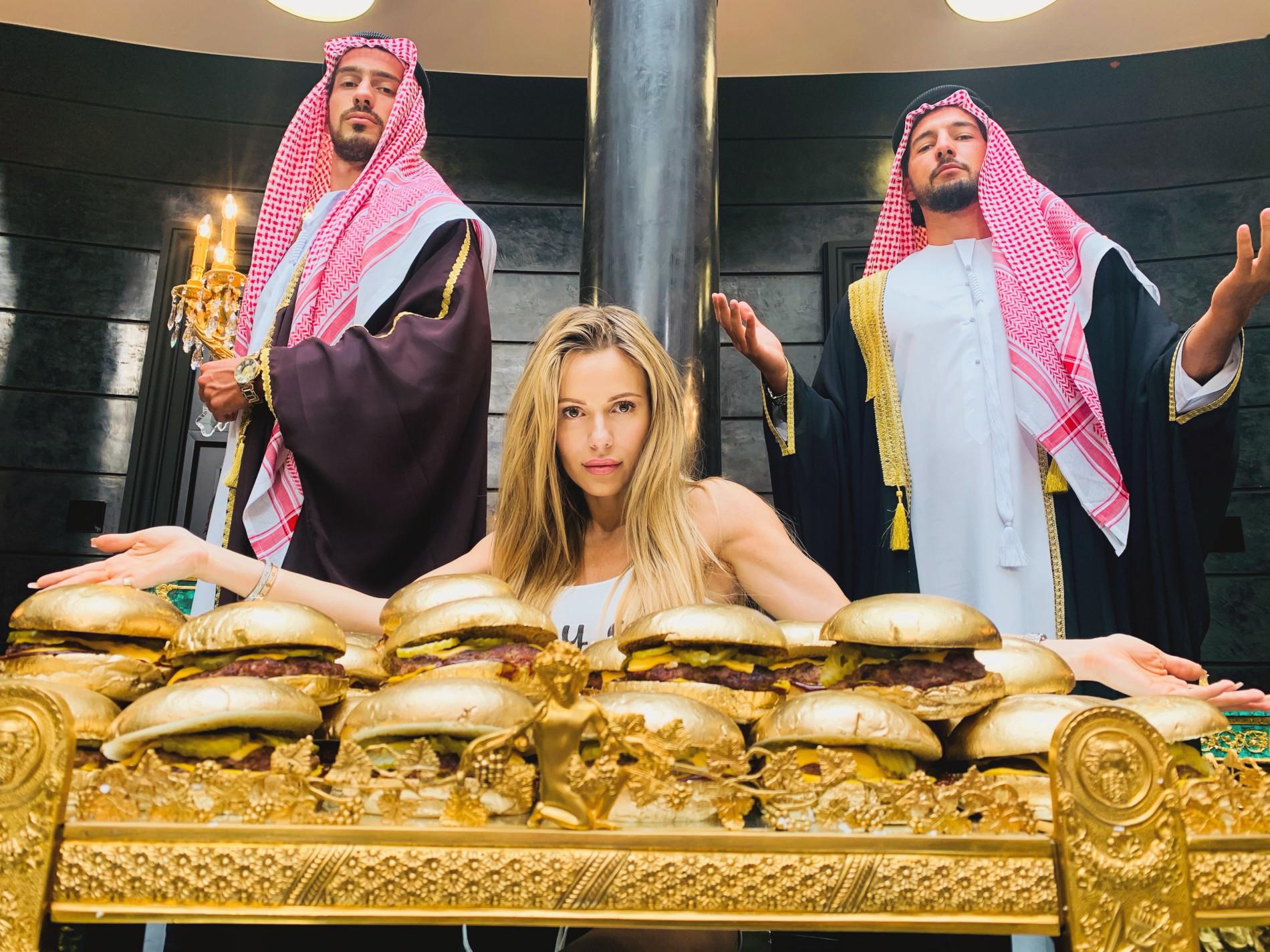 Doda na planie dziewczyn z Dubaju